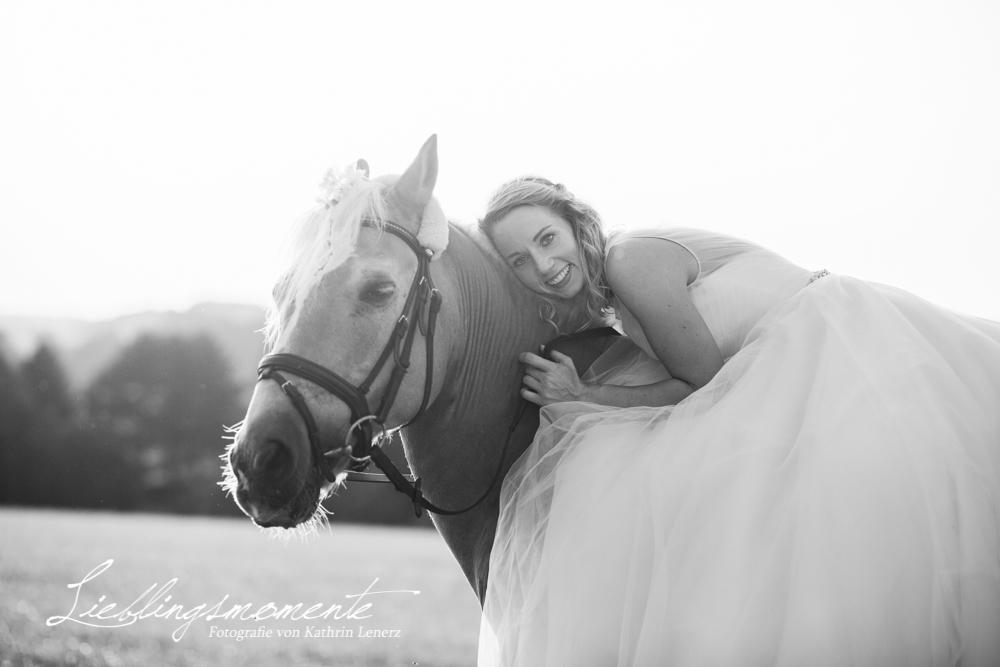 Hochzeit_pferd_ratingen_duesseldorf_fotograf (33)