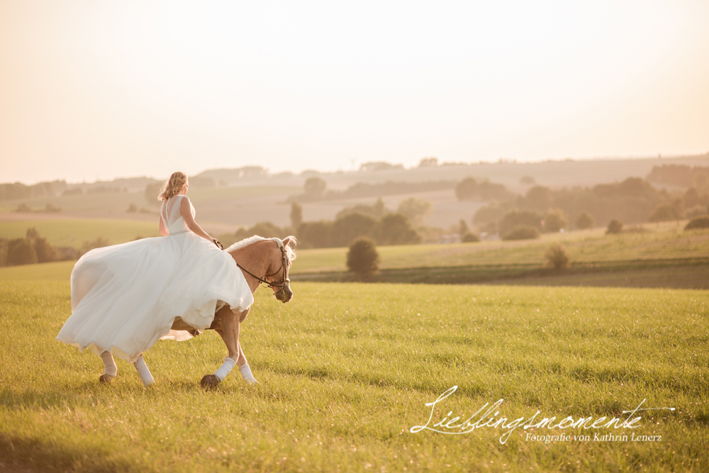 Hochzeit_pferd_ratingen_duesseldorf_fotograf (36)