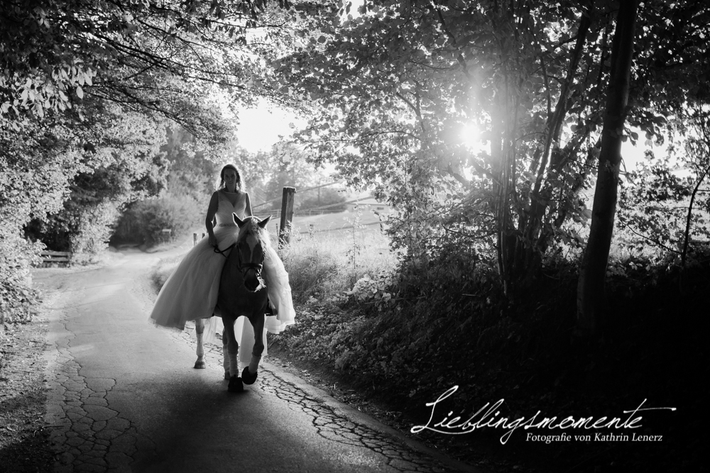 Hochzeit_pferd_ratingen_duesseldorf_fotograf (41)