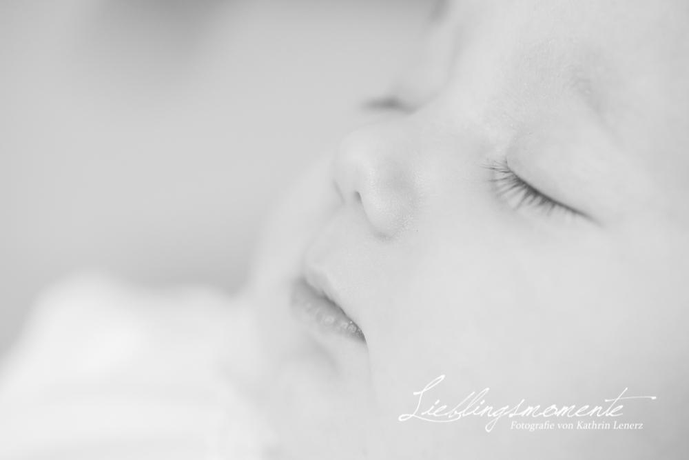 Neugeborenenshooting_neuss_fotograf (7)