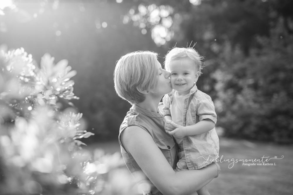 Familienfotos_ratingen-hoesel-breitschei-lintorf-kettwig-werden-heiligenhaus-velbert-mülheim-fotograf-kinderfotoshooting (2)