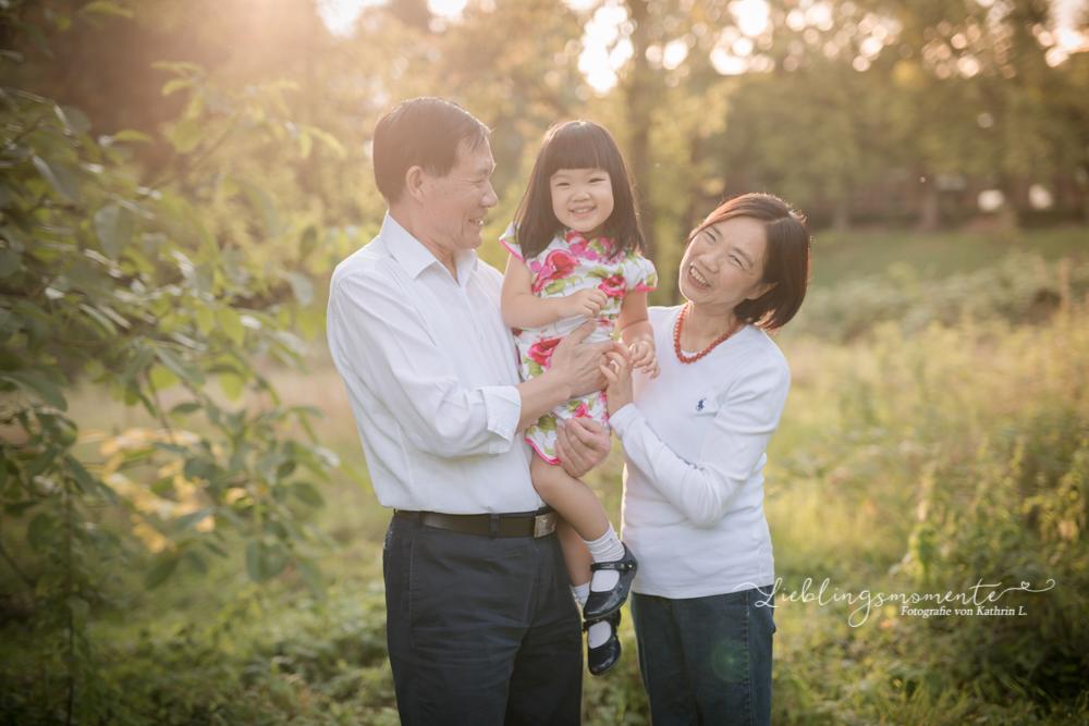 Familienshooting_ratingen_heiligenhaus_velbert-kaiserswerth-FotografIn (5)