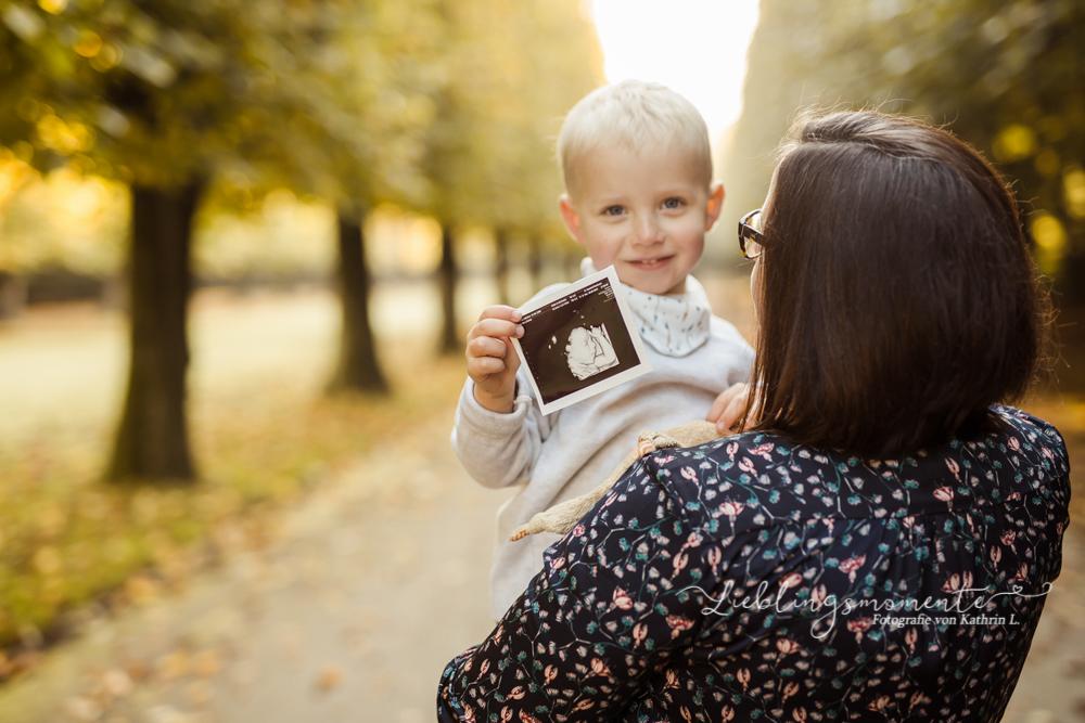 Babybauchshooting_bilder_fotografin_düsseldorf_essen_wuppertal_ratingen (10)