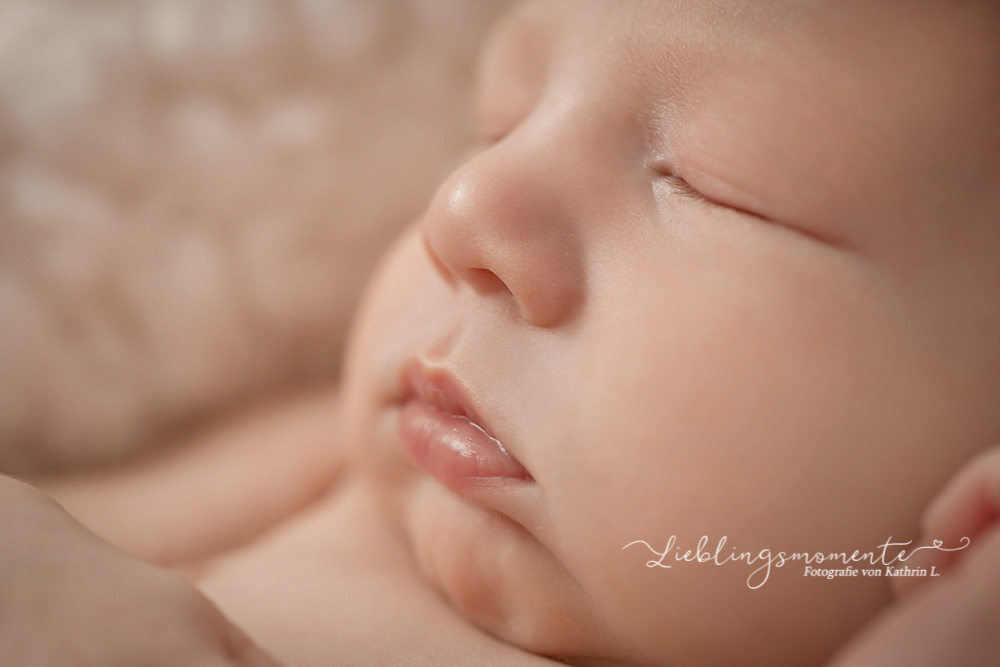Neugeborenenfotos_fotografin_ratingen_düsseldorf_heiligenhaus_velbert (3)
