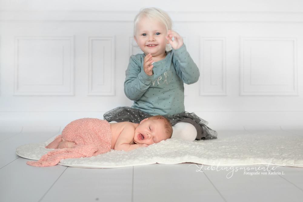 Newborn_fotografin_fotoshooting_hösel_lintorf_heiligenhaus_velbert_düsseldorf (11)