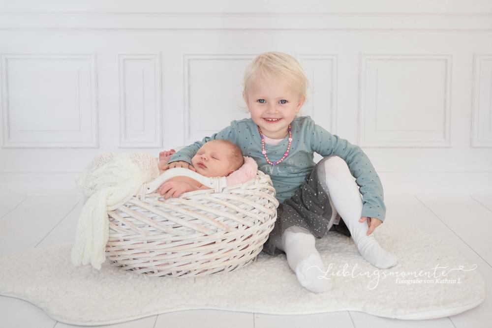 Newborn_fotografin_fotoshooting_hösel_lintorf_heiligenhaus_velbert_düsseldorf (8)