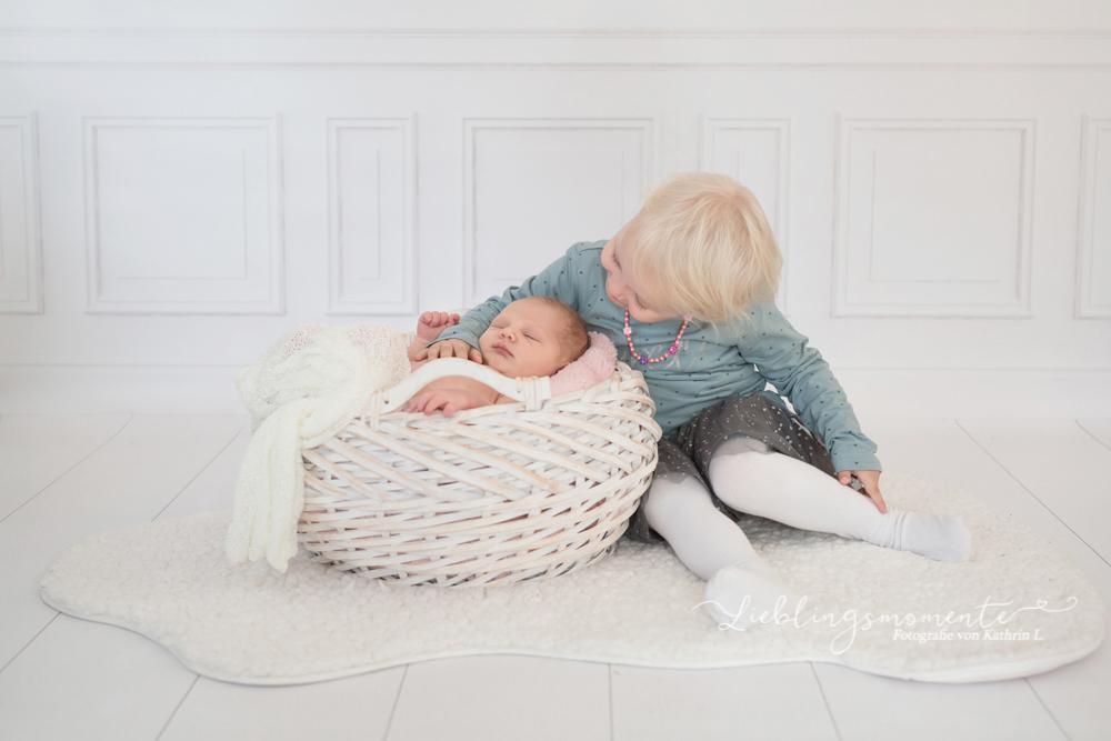 Newborn_fotografin_fotoshooting_hösel_lintorf_heiligenhaus_velbert_düsseldorf (9)