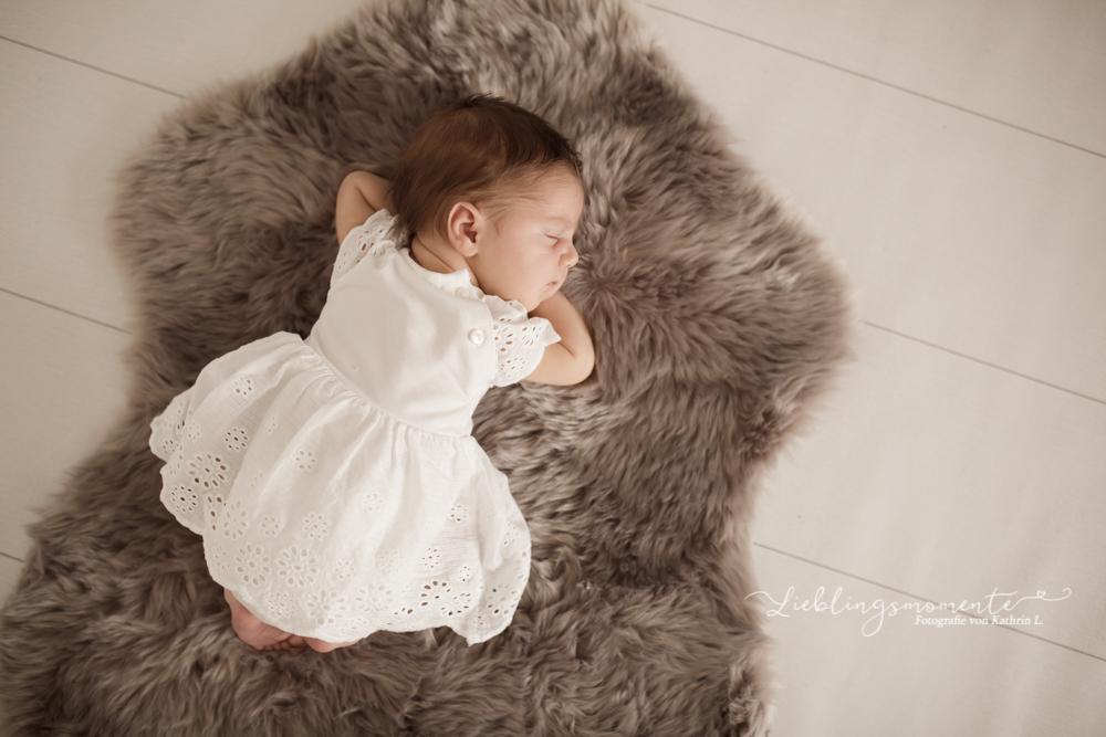 Neugeborenenfotos_fotograf_ratingen_hoesel_duesseldorf_heiligenhaus (10)