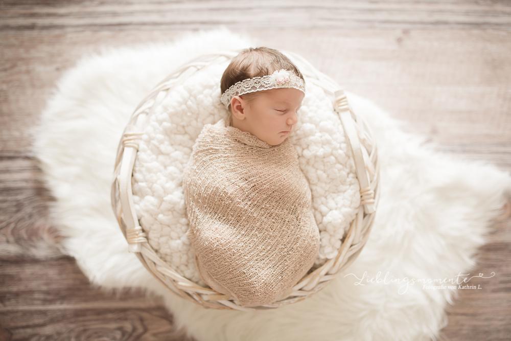 Neugeborenenfotos_fotograf_ratingen_hoesel_duesseldorf_heiligenhaus (17)